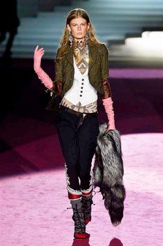 Milano Fashion Week FW 2015-2016 DSquared2 #DSquared2 #catwalk #Milan #catwalk #Milan #moda #modadonna #sfilate #runway