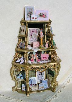 Shop display by Lori Ann Potts via Good Sam Showcase