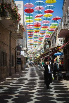 Explore. Jerusalem, Israel © Andy Barton.