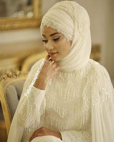 A lot of asked Fatıma Çapkanman design wedding dress for sale Çok . Wedding Dresses Under 500, Fairy Wedding Dress, Designer Wedding Dresses, Bridal Hijab, Wedding Hijab, Wedding Bridesmaids, Makeup Hijab, Hijab Style Dress, Most Beautiful Dresses