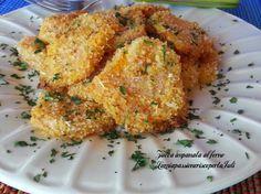 Zucca impanata al forno, tempo di zucca e delle ricette con questa versatile verdura, la ricetta di oggi è la zucca impanata al forno,con mollica grossolana