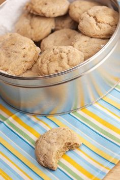 Discover our quick and easy recipe for Shortbread with Cook Expert on Current Cuisine! Brownie Cookies, No Bake Cookies, Cookie Desserts, Cookies Et Biscuits, Yummy Cookies, Just Desserts, Cookie Recipes, Dessert Recipes, Cookies Soft