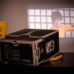 Luckies Smartphone Projector