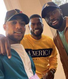 Kendrick Sampson, Broderick Hunter, and Y'lan Noel Handsome Black Boys, Fine Black Men, Gorgeous Black Men, Cute Black Guys, Broderie Anglaise Fabric, Modern Beard Styles, King Kendrick, Broderick Hunter, Diy Broderie