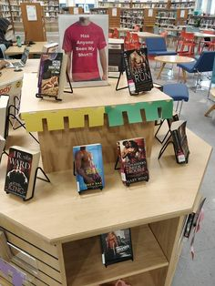 Library Displays, Display Ideas, Drafting Desk, Books, Libros, Book, Book Illustrations, Drawing Board, Libri