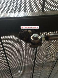 Reparacion de una puerta corredera en Almassora Castellon.
