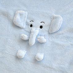 YESSTYLE: Doodles- Animal Fleece Blanket (Blue Elephant) -