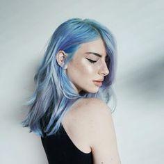 Que pensez-vous de ces nuances de bleu? | 17 couleurs de cheveux pour sortir de l'ordinaire