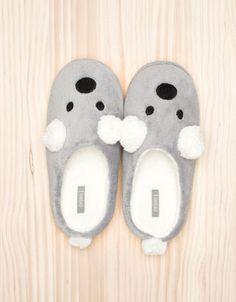 Oysho Koala slippers - Home - Footwear - Turkey Slipper Socks, Slippers, Funny Socks, Kids Socks, Cookie Designs, Kids Corner, Lounge Wear, Shoe Boots, I Am Awesome