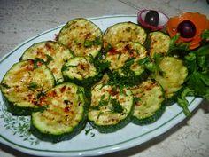 Nie ma jak u mamy...                www.przepismamy.pl: Cukinia pieczona Zucchini, Grilling, Vegetables, Food, Diet, Crickets, Essen, Vegetable Recipes, Meals