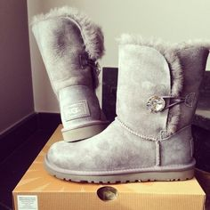 OUR GIFT TO YOU #UGGBoots