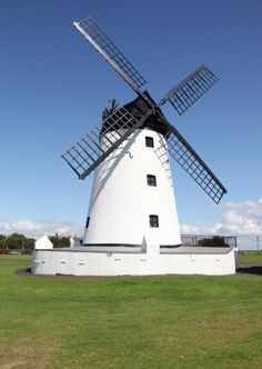 Lytham Windmill, a tribute to Dutch craftsmanship. #Lancashire #Craftsmanship
