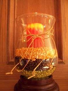 fun idea for thanksgiving table Holiday Crafts, Holiday Fun, Christmas Holidays, Holiday Decor, Holiday Ideas, Deck Decorating, Autumn Decorating, Autumn Leaves Craft, Fall Leaves