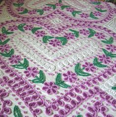 My favorites! This has everything I Love! Hearts-Flowers and PURPLE!! Purple and White Daisy Vintage Chenille Bedspread