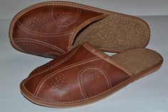 Men's Hand Stitched Leather Slippers For Winter