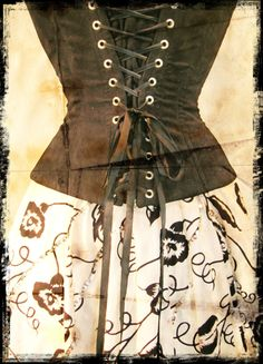 This corset was made out of a fabric that was reminiscent of suede. Sleek lines and bare eyelets. By Anette Fredsdatter Heidal.
