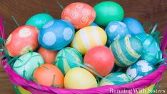 How To Dye And Decorate Easter Eggs! - Running With Sisters Craft Stick Crafts, Diy Crafts, Easter Egg Dye, Easter Hunt, Diy Playbook, Easter Crafts For Kids, Easter Decor, Egg Decorating, Decoupage