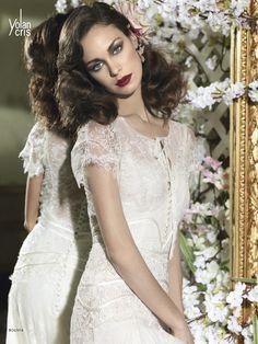 YolanCris  Descubre el nuevo estilo Vintage de YolanCris. #blooming wedding dresses