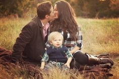 so lovely. :) love this family  www.ttgphotography.com  family photos  grapevine, tx  dallas, tx