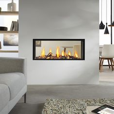 DRU Metro Eco Wave 3 Sided Glass Balanced Flue Gas Fire is ideal choice for home owners who like modernize stunning fire. Modern Fireplace, Living Room With Fireplace, Fireplace Design, Flame Picture, Open Plan Kitchen Living Room, Double Sided Fireplace, O Gas, Wood Burner, Gas Fires