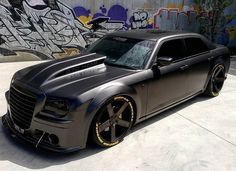 Fierce Chrysler 300C SRT8 370 HEMI