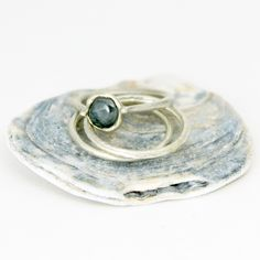 Tamara Gomez Jewellery - Montana sapphire and 9ct white gold ring with forged and tapered shank