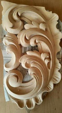 Wood Carving Designs, Wood Carving Patterns, Wood Carving Art, Wood Carvings, Ornament Drawing, Ornaments Design, Wood Tools, Wooden Art, Architectural Elements
