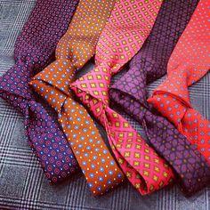 Nuove Cravatte Sartoriali in microfantasia di pura seta per l'Estate 2013 in Sartoria Scavelli, Roma.