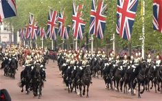 The Queen's Diamond Jubilee Thanksgiving Service and Carriage Procession: as it happened - Telegraph