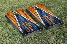 Cal State Fullerton Titans Reclaimed Wood w/ Triangle Bag Toss Game Set