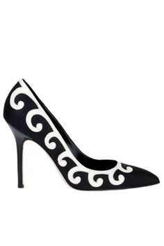 black and white manolo blahnik pumps//L.U.V