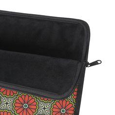 Laptop Sleeve with Retro Pattern – WavyBazaar