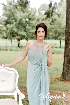 Annabelle design bridesmaid dress. Soft tulle halter neck. the Annabell dress is a beautiful option for your bridesmaids. Mint green dress. Long, empire waist gown.
