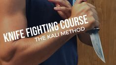 Knife Fighting Training - How to Defend Yourself with and from knives Kali Escrima, How To Defend Yourself, Self Defense, Karate, Yoga Fitness, Martial Arts, Fight Fight, Filipino, Mma