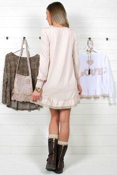 Klännίng 'Loѵely' - Dusty peacɦ Peach, Sweaters, Vintage, Dresses, Style, Fashion, Fashion Styles, Vestidos, Swag