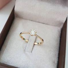 127ef3d463352 Anel Bali com diamante de 35 pontos ❤ O modelo Bali é um tradicional  solitário de