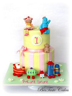In the night garden cake Garden Birthday Cake, 1st Birthday Cake For Girls, 1st Birthday Cakes, 2nd Birthday Parties, Birthday Ideas, Cbeebies Cake, Fondant Cakes Kids, Daisy Cakes, Pastel Cakes