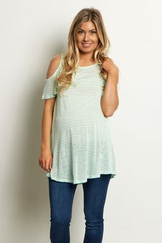 cc2adcabc4bf36 Gorgeous feminine details are not missing in this chic top. A knit material  to keep you comfortable all day long with a flowy cold shoulder detail for  a ...