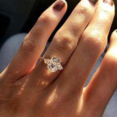 Big Engagement Rings, Engagement Ring Settings, Engagement Jewellery, Designer Engagement Rings, Engagement Photos, Diamond Wedding Bands, Wedding Rings, Wedding Gold, Wedding Vintage
