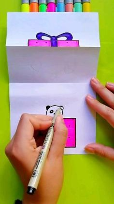 Easy Flower Drawings, Art Drawings Sketches Simple, Easy Drawings For Kids, Drawing For Kids, Cute Little Drawings, Diy Crafts Hacks, Diy Crafts For Gifts, Diy Arts And Crafts, Creative Crafts