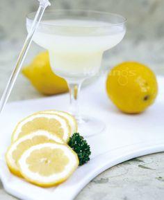 Lemon Natural Juice Fresh Juice Recipes, Margarita, Natural Juice, Lemon, Juices, Healthy, Tableware, Book, Dinnerware