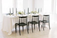 Taking On The Micro Wedding | ElegantWedding.ca Table Setting Inspiration, Head Tables, Wedding Place Settings, Wedding Receptions, Something Beautiful, Wedding Centerpieces, Table Decorations, Modern, Home Decor