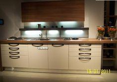 Modern konyhabútor   Modern design konyhák