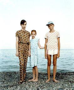 Jalta, Ukraine July 30, 1993. Courtesy the artist and Marian Goodman Gallery, New York & Paris; © Rineke Dijkstra
