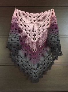 Beautiful Yarn crochet shawl. Wonderful model with tutorial and graphical step by step.