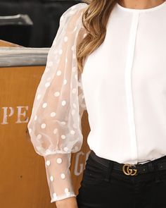 Dot Mesh Lantern Sleeve Casual Blouse The Effective Pictures We Offer You About blouse for women tun Blouse Styles, Blouse Designs, Look Fashion, Fashion Outfits, Sleeves Designs For Dresses, Long Blouse, Mode Inspiration, Sweater Fashion, Swagg