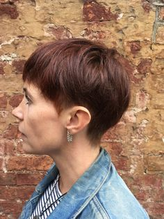Love tweaking this cut every time she visits. Short Textured Hair, Undercut, Great Hair, Pixie Cut, Short Hair Styles, Shorts, Gallery, Color, Fashion
