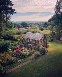 ✔ 39 interesting vegetable garden design ideas for your backyard ideas 6 Farm Gardens, Outdoor Gardens, Design Jardin, Greenhouse Gardening, Greenhouse Film, Potager Garden, Greenhouse Ideas, Garden Landscape Design, Garden Cottage