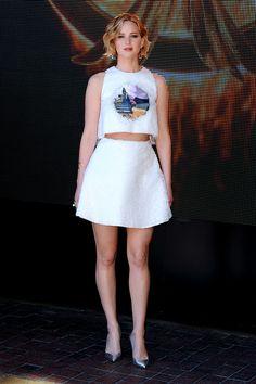 """Cannes 2014 Jennifer Lawrence en un look de Christian Dior durante el photocall de """"Los juegos del Hambre: Sinsajo Parte 1"""""""