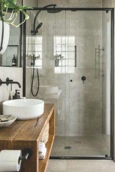 Explaining the Most Popular Decor Styles - Home Decor Design Rustic Bathroom Designs, Bathroom Interior Design, Bad Inspiration, Bathroom Inspiration, Bad Styling, Warm Home Decor, Industrial Bathroom, Minimalist Bedroom, Minimalist Scandinavian